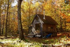 A small, primitive, off-grid getaway in Westhampton, Massachusetts (pinned by haw-creek.com)