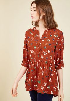 Creative Career Conference Button-Up Top in Ginger Garden