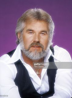 Singer Kenny Rogers poses for a portrait in 1979 in Los Angeles, California.