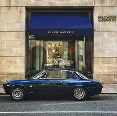 Classic Alfas, and anything else that takes my fancy. Maserati, Bugatti, Ferrari, Lamborghini Cars, Alfa Romeo Gtv 2000, Alfa Romeo 1750, Alfa Romeo Cars, Carros Alfa Romeo, Alfa Bertone