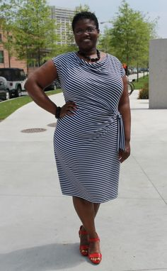 How to dress for the curvy body type: Style lessons from Georgette
