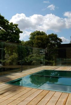Decking on roof. Walk-on roof window. Alwyne Place, Islington, by Emmett Russell Architects. Pergola Ideas For Patio, Deck With Pergola, Pergola Shade, Pergola Plans, Diy Pergola, Patio Roof, Pergola Kits, Orangery Roof, Flat Roof Lights