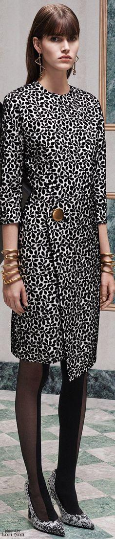 OUTFIT: | Black&White Print Dress with Gold Accessories & Sleek Hair. (Balenciaga Pre-Fall 2015)