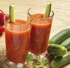 Licuado de pepino y tomate