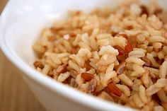 Why it's OK to eat white rice, and why it might be a healthier choice for those with digestive problems.
