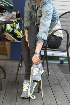 Touch Ground 70's Vintage Sneakers 탤런트 엄수정 스니커즈 Vintage Sneakers, Sneaker Brands, Capri Pants, Touch, Collection, Fashion, Moda, Capri Trousers, Fashion Styles