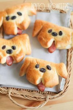 Who knew a sausage tongue and raisin eyes could be so freakin' cute? Recipe here.