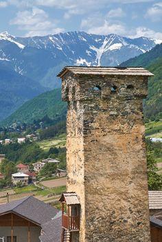 Сванская башня в городе Местия. Сванетия. Грузия. #vladimirzhoga #travel #svaneti #грузия #сванетия #фото #путешествия