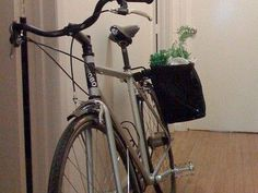 How To Make $4 Grocery Panniers For Your Bike