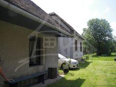 ZNÍŽENÁ CENA!Starší dom s väčším pozemkom vhodný na chalupu v tichej obci Mašková