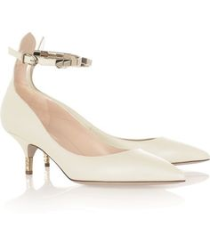 www.valentino.com, Valentino, wedding, bride, bridal, bridal shoes, wedding shoes, haute couture, luxury shoes