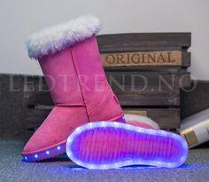 Høye UGGS med LED | LED-Uggs -   LED-skoene finner du i nettbutikken ledtrend.no. Prisene på ledskoene varer varierer fra 599-, og oppover, GRATIS frakt på alle varer. Vi har mange forskjellige LED-sko, ta en titt da vel? på: www.ledtrend.no