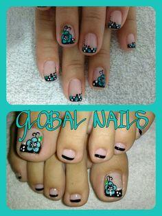 Flower nail and toenail art Cute Toenail Designs, Pedicure Designs, Pretty Nail Designs, Toe Nail Designs, Nail Polish Designs, Nails Only, Love Nails, Pretty Nails, Colorful Nail Art