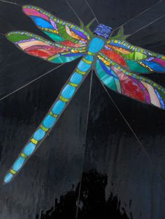 Stained Glass Dragonfly with silverware body. Mosaic Crafts, Mosaic Projects, Mosaic Art, Mosaic Glass, Mosaic Tiles, Fused Glass, Dichroic Glass, Mosaic Mirrors, Tiling