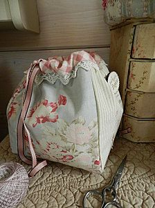 Pretty French sewing bag