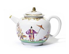A Meissen Hausmaler teapot and cover, circa 1725-35.