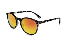 Occhiali da sole polarizzati:  FLASH / SMOKY YELLOW TURTLE di Slash Sunglasses  http://www.slashsunglasses.com/shop/flash/flash-tartaruga-grigio-giallo.html