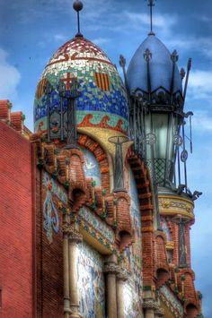 Detalles del Palau de la Música Catalana. http://www.viajarabarcelona.org/lugares-para-visitar-en-barcelona/palau-de-la-musica-catalana-de-barcelona/ #Barcelona #Modernismo #DomenechiMontaner