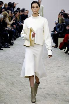 See the complete Céline Fall 2013 Ready-to-Wear collection.