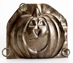 Antique Jack~o~Lanturn Pumpkin Chocolate Mold. Like Chocolate, Chocolate Ice Cream, Chocolate Molds, Halloween Candy, Halloween Pumpkins, Fall Halloween, Vintage Fall, Vintage Halloween, Old Candy