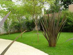 Jardim de Bambú-mossô com Fórmio-rubro.
