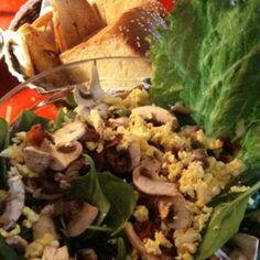 The Bagel. Skokie, Illinois. Spinach salad.