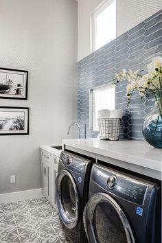 Long Beach, California Home Design – Laundry Room İdeas 2020 Home Design, Luxury Interior Design, Interior Ideas, Long Beach, Laundry Room Design, Laundry Rooms, Mud Rooms, Small Laundry, Laundry Room Inspiration
