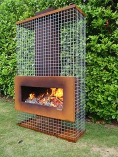 Garden fireplace, patio fireplace or fire pit: what& for sale? - # is # buy # .- Tuinhaard, terrashaard of vuurkorf: wat is er te koop? – Garden fireplace, patio fireplace or fire pit: what& for sale? Garden Cottage, Home And Garden, Landscape Design, Garden Design, Fireplace Pictures, Gabion Wall, Fire Pit Designs, Outdoor Living, Outdoor Decor