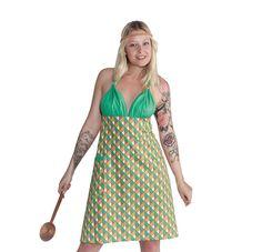 PAULINA- DiecooleNeckholder SHEELA-Schürze im neuen Bikini-Style bringtmit einem Retro-Grafik-Printden angesagten Hippie-Look in ihren Kochalltag. Größe: One Size  Kollektion: SHEELA-Housewife Revolution - 2014