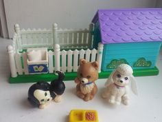 Puppy+Pals+With+Playhouse++vintage+kenner+littlest+by+MossMountain,+$28.00 The little pup with the movable paw was my fav!