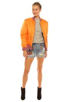 Jas van Alpha Industries bomberjack oranje reversibel Oud roze 169 bylotte