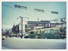 Mannerheiminti, Helsinki in the winter months - the tram never stops!