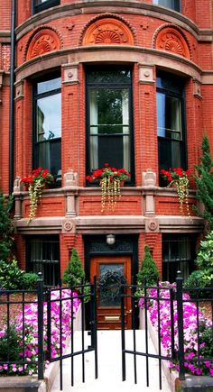 Gate entry in Boston • photo: John Irving Dillon on Flickr