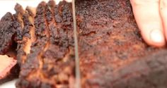 Brisket is notoriously difficult to cook. In this guide you'll learn how Aaron Franklin of BBQ with Franklin fame breaks down exactly how he cooks a brisket. Smoked Brisket Rub, Smoked Ribs, Rib Recipes, Game Recipes, Turkey Recipes, Recipies, Smoked Ham Recipe, Beef Tenderloin Roast, Roast Beef