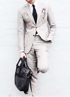 Show your style // urban men // mens fashion // mens suit // city boys // urban style // watches // sun glasses //