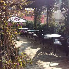 Sunny #terrace Roba Estesa at Hotel Neri #Barcelona, by @salirporbarcelona