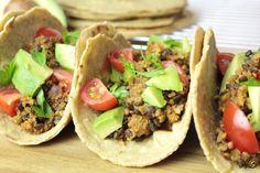 Taco vegan cu quinoa și linte - Home is where you cook Quinoa, Salsa, Avocado, Tacos, Mexican, Cooking, Ethnic Recipes, Food, Red Peppers