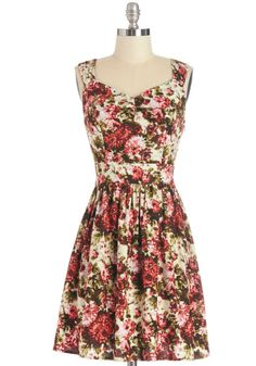 This dreamer will take you from daytime to date night in a floral flash!