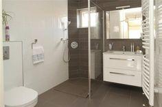 Badkamer aanbieding, complete badkamer met dubbel badkamermeubel ...