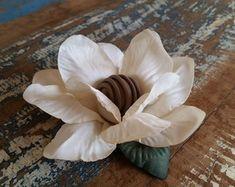 Vitória Régia Icing, Vegetables, Diy, Wicker Baskets, Crepe Paper Flowers, Silk Stockings, Home Decor Ideas, Decorating Ideas, Shapes