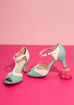 Going to Gait Lengths Heel in Seaglass. Youll want to extend the duration of your amble when you strap your feet into these Chelsea Crew peep toes! #green #wedding #bride #modcloth