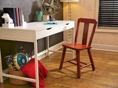 How to Strip and Repaint a Wood Chair | how-tos | DIY
