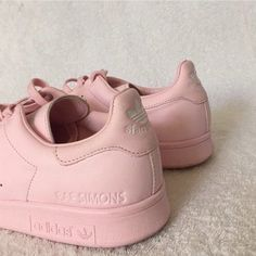 I want these shoes!! #adidas #pink #pastel #pale #girls #teen #grunge #hipster #indie #love #fashion #photography #indiekidlet