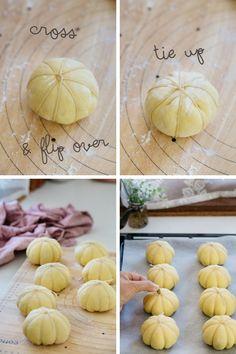 The last 4 steps of making kabocha pumpkin bread
