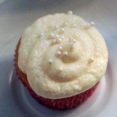 Sparkling Champagne Cupcakes