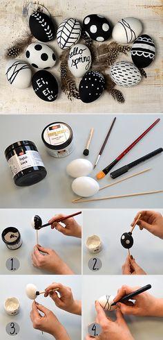 Hier ein paar Design Ideen für Osterdeko im Schwarz/Weiß Trend. Wir haben mit dem schwarzen Tafellack und Keramik Effekt gestaltet. Here a few design ideas in black and white for easter eggs. We used Chalkboard paint and Ceramic Effect paint.