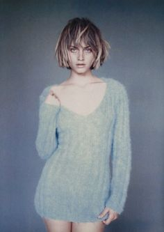 Amber Valletta photographed by Paolo Roversi for Glamour France, 1994 Amber Valletta, Paolo Roversi, Glamour France, Pelo Pixie, Foto Fashion, Vintage Fashion Photography, Fashion Vintage, Ombre Hair, Editorial Fashion