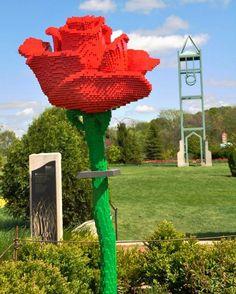 A Garden Gets 'Pixelated' With LEGO Sculptures - DesignTAXI.com