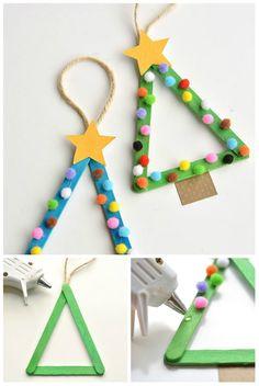 Mini sapins de Noël avec des bâtonnets de glace. 14 idées d'activités avec des bâtonnets de glace qui vont ravir vos enfants