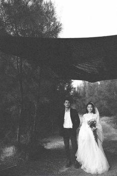68 Ideas wedding couple ulzzang for 2019 Pre Wedding Photoshoot, Wedding Pics, Wedding Shoot, Wedding Couples, Cute Couples, Dream Wedding, Wedding Dresses, Couple Photography Poses, Wedding Photography